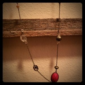 Single chain, various bead necklace